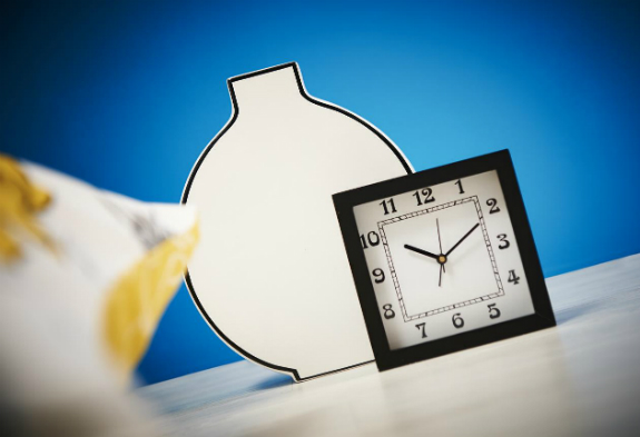 Carnaby black and white vase and clock
