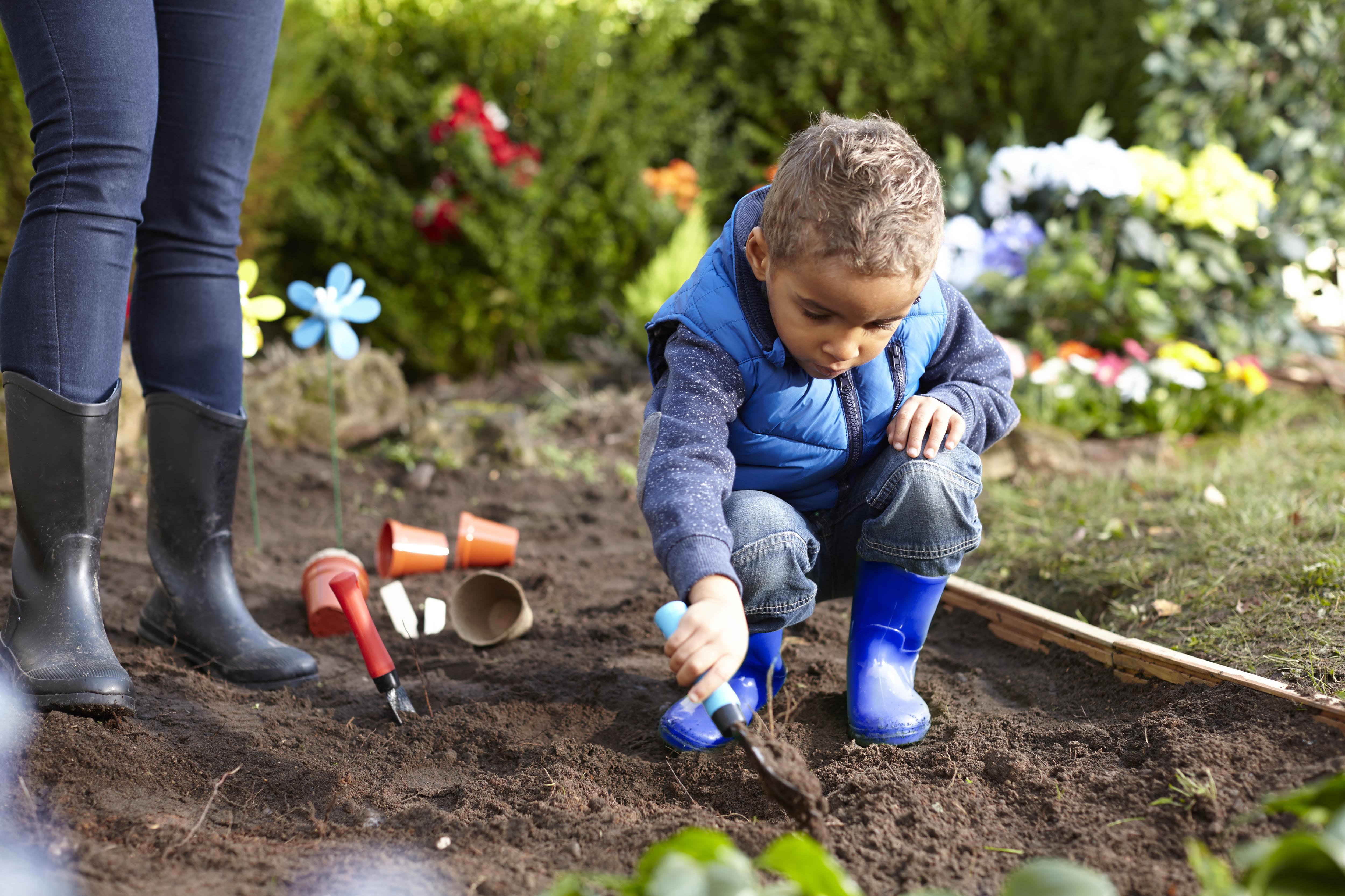 Everybody dig in wilkolife for Gardening for kids