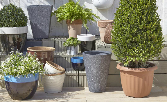 patio pots and planters