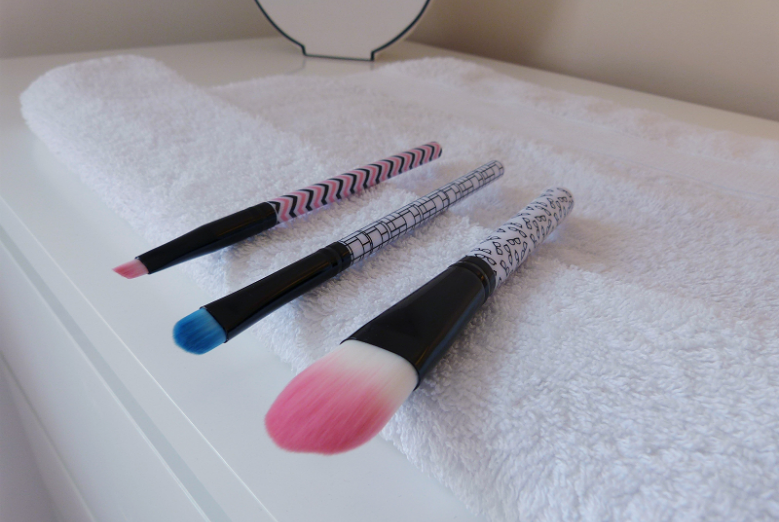 leave your brushes to air dry on a towel