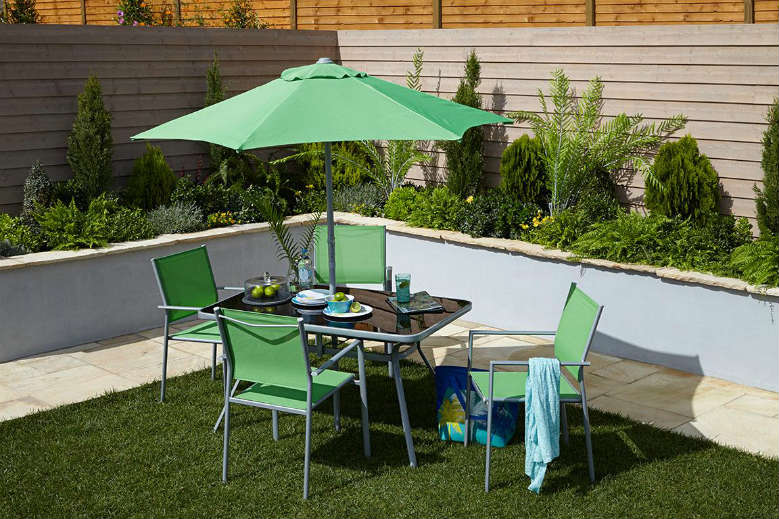 Dine outdoors the wilko way