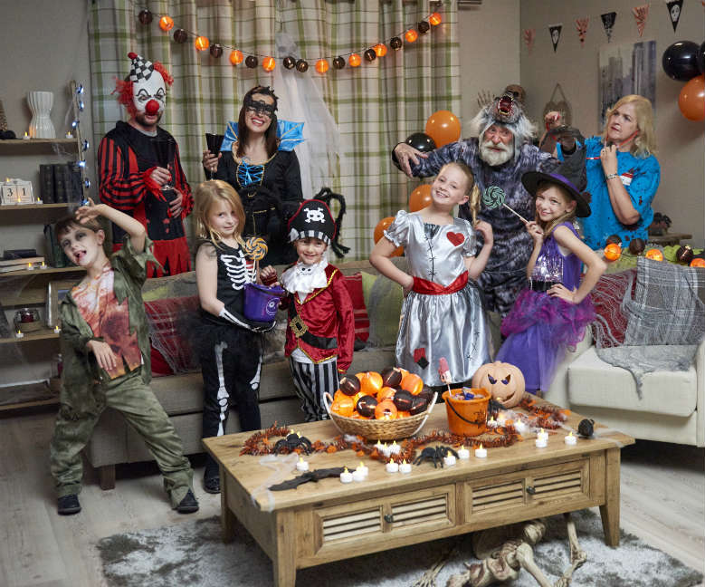 how to throw the perfect halloween party - Throw A Halloween Party