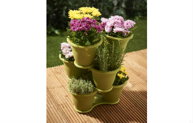 Clever pots for the garden