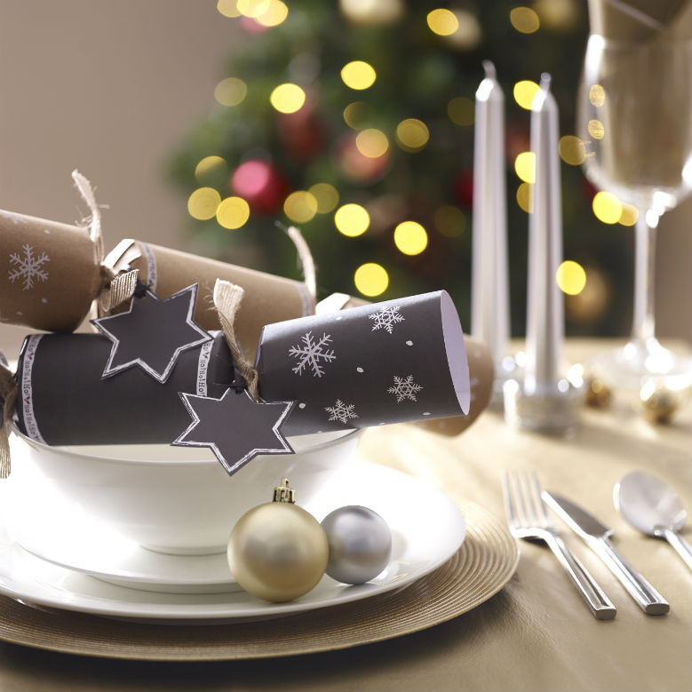 Make your own christmas crackers wilkolife make your own christmas crackers solutioingenieria Images