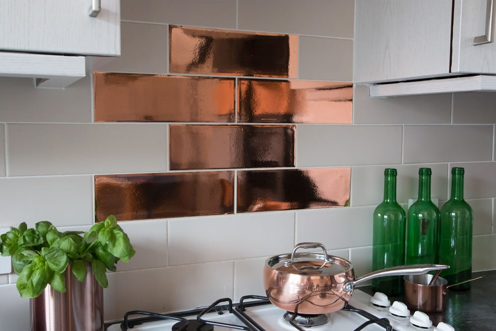 Creating Standout Splashbacks in Your Kitchen